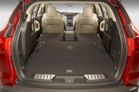 2011_chevrolet_traverse-_ltz_04-custom
