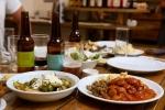 מסעדת אורסולה בישוב צוקים מספקת הצצה נדירה למטבח גרמני אותנטי, טעים ולא יקר. צילום: תומר פדר