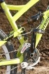 מבחן אופניי YETI SB66. קיט האביזרים של ג\'וירייד מזיז את ה-YETI לצד האגרסיבי של הסקאלה. צילום: פז בר