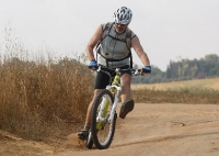 מבחן אופניי YETI SB66. דריפטים, קפיצות ועוד דברים שגורמים לי להתגעגע נורא ליטי האלו. צילום: פז בר