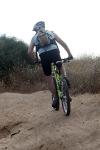 מבחן אופניי YETI SB66. מתלה SWITCH אחורי מגיב לפעולת הדיווש ומוציא את העוקץ גם ממעלות תלולים ומסולעים. צילום: פז בר