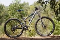 מבחן אופניים YETI SB95. האם אלו ה-29 שיכוך מלא הטובים ביותר? וגם אם לא הם בטח נורא קרובים להגדרה הזו. שילוב מנצח של איכות, אגרסיביות ויכולת כסות קילומטרים. צילום: פז בר