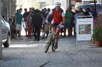 טיול אופניים צפת. חשיבה אחרת הזדמנויות חדשות. מסע אופניים בסמטאות ורחובות צפת על אופני הרים קנונדייל ג\'קיל. צילום: פז בר