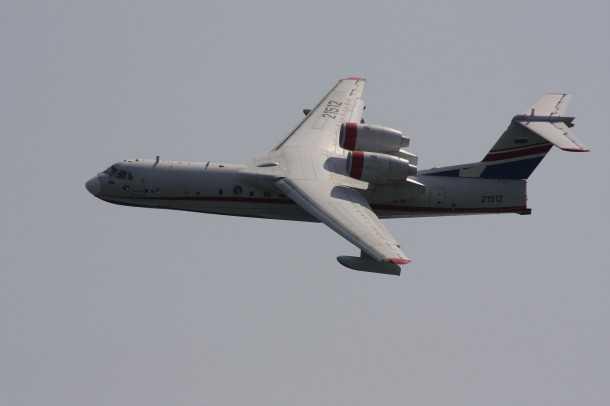 מטוס כיבוי רוסי. ביצועים של מטוס סילון מאפשרים נשיאת 12 טונות מיל וטווח של 4000 קילומטרים. צילום יצרן