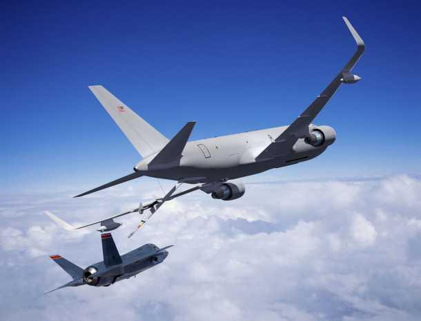 מתדלקת של בואינג KC-46A לקראת חיבור ל-F35 האם נראה את המראה הזה גם מעל שמי ישראל? צילום: boeing