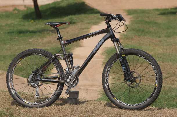 אופני הרים במבחן שטח. ק.ט.מ לייקן משלבים מקוריות, איכות ואיבזור היקפי מצויין. המחיר בהתאם. צילום: פז בר