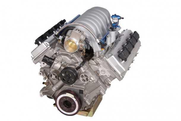 """חסר כוח? מנוע המירוצים החדש מ-HEMI מפיק 590 כ""""ס ישר מארגז העץ בו יגיע לסדנה שלך. צילום: MOPAR"""