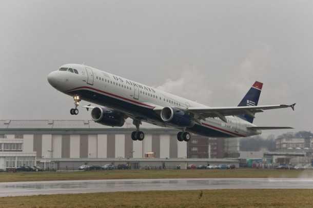 איירבס 321. בדרך לעוד לקוח מרוצה. זה האיירבס ה-245 במספר של US AIRWAYS. צילום: איירבס