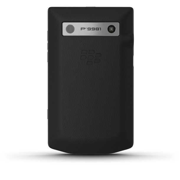 סמארטפון פורשה דיזיין P9981 - יפה גם מאחור! דיפון עור בעבודת יד ומצלמת ווידאו ברזולוציה גבוהה HD. צילום: פורשה דיזיין