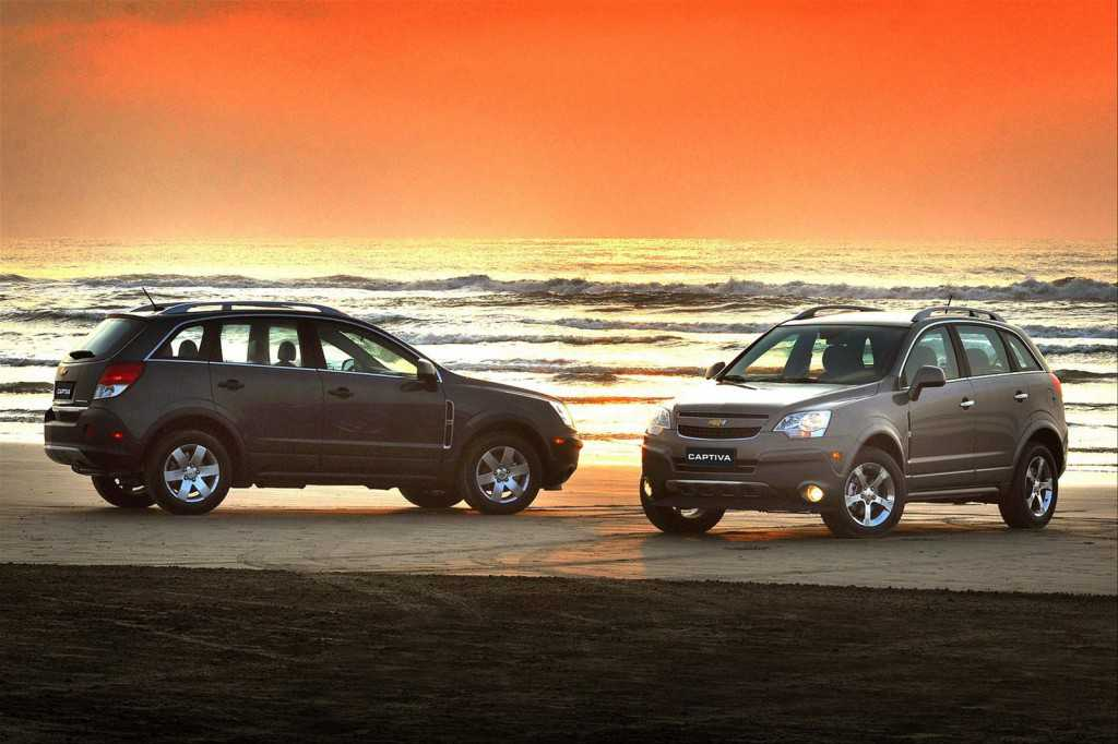 Chevy Captiva Sport at sunset. Photography - Chevrolet