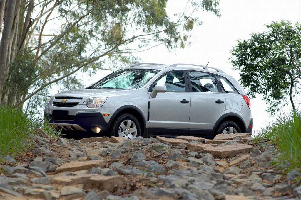Chevy Captiva Sport off-road. Photography - Chevrolet