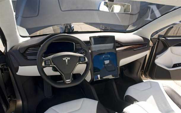 Tesla Model X. Photography - Tesla
