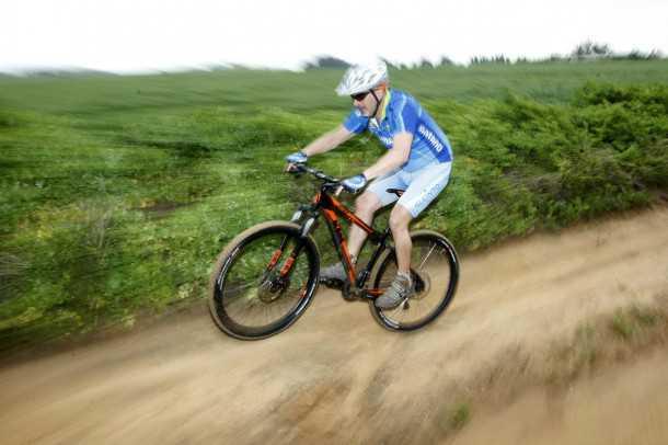 ק.ט.מ אולטרה 2012. מהירים על השביל, חרטום דורש משיכה אמיתית כדי להרים - 5,600 שקלים בלבד. צילום: פז בר