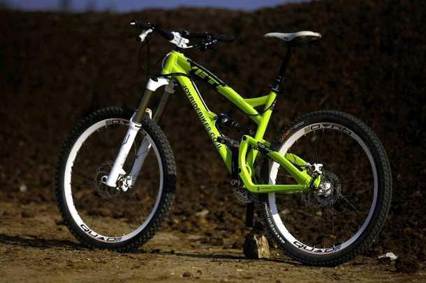 מבחן אופניים YETI SB66. יפים לא? עם קיט ג'וירייד הם ידללו את חשבון הבנק שלך ב-12 אלף שקלים. צילום: פז בר