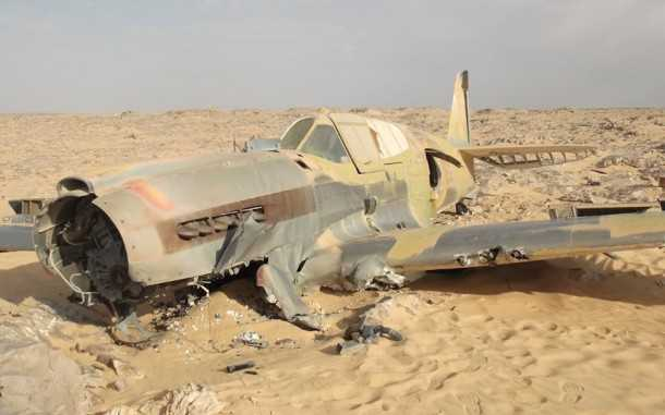 עם תותחים מלאים בתחמושת - וסיכוי סביר שתקינים אחרי 70 שנים במדבר - צבא מצרים העביר את השרידים למחנה. צילום: PNBS