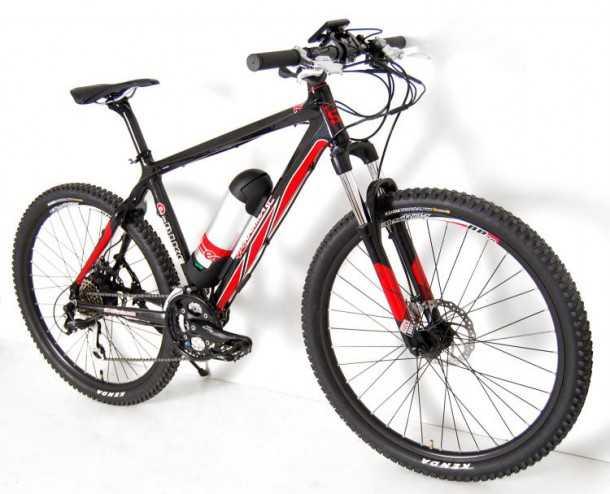 """אופניים חשמליים להרים. אופני KARMA עם שלדת קרבון, מנוע חשמלי בטבור האחורי וטווח של כ-60 ק""""מ. צילום: StBicycle"""