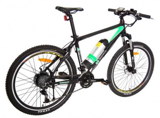 """אופניים חשמליים להרים. לאופני ההרים החשמליים טווח גדול יחסית של מעל 60 ק""""מ. הסוללה מחופשת לבקבוק שתיה גדול. המשקל נושקל ל-20 ק""""ג. די כבד לאופני הרים, סביר במונחים של אופניים חשמליים. צילום: יצרן"""