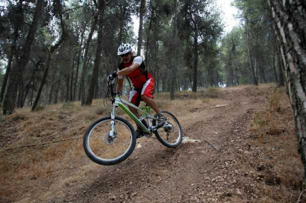 מבחן אופניים קנונדייל ג'אקיל. בולמים מ-FOX, העברת כוח XTR של שימאנו והמחיר עם היכולת, בהתאם. צילום: פז בר