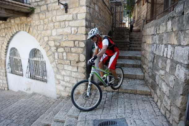 מבחן אופניים קנונדייל ג'אקיל. בין אורבן, פרי רייד וקרוסקאנטרי, הג'אקיל החדשים של קנונדייל הרשימו עם מעטפת ביצועים רחבה מאד. צילום: פז בר