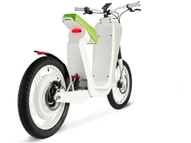 "Xkuty. או משחק מילים של ""חמודי"" - בין אופניים חשמליים לבין קטנוע קטן, יספק קטנוע חשמלי טווח ומהירות ליוממות בעיר. צילום: Xkuty"