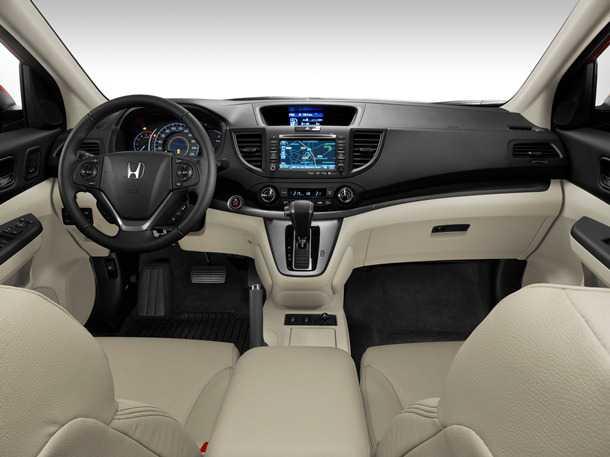 הונדה CR-V 2013. רחבה יותר, גבוהה יותר, מאובזרת ואיכותית יותר. צילום: הונדה