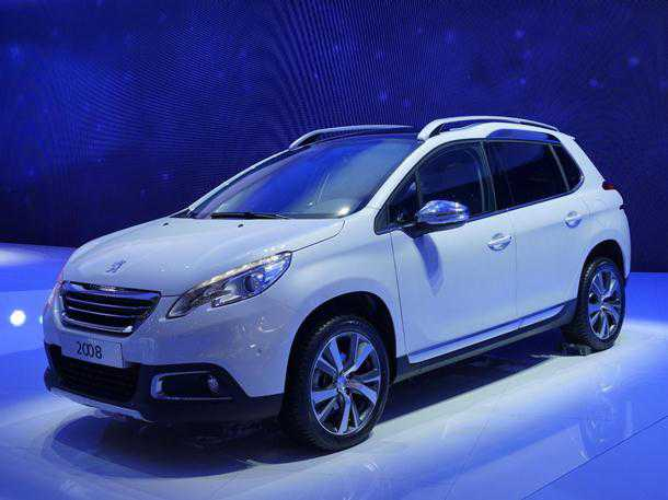 Peugeot 2008. רכב פנאי קומפקטי על בסיס ה-208 החדשה. צילום: פיז'ו