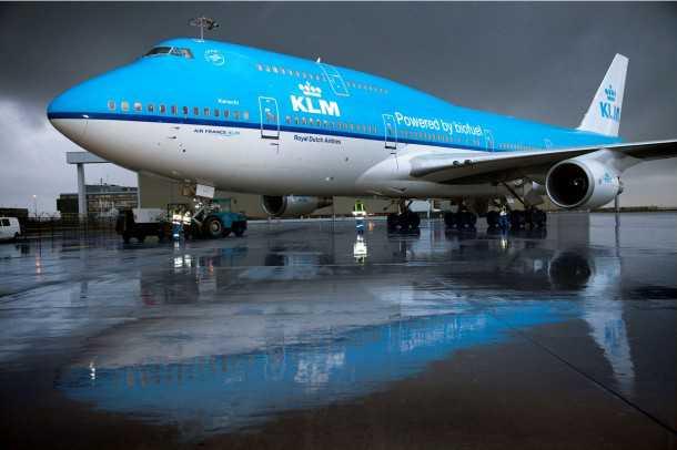 פיש אנד צ'יפס. KLM ההולנדית מפעילה בואינג מונע ב-25% שמן טיגון ממוחזר. צילום: KLM