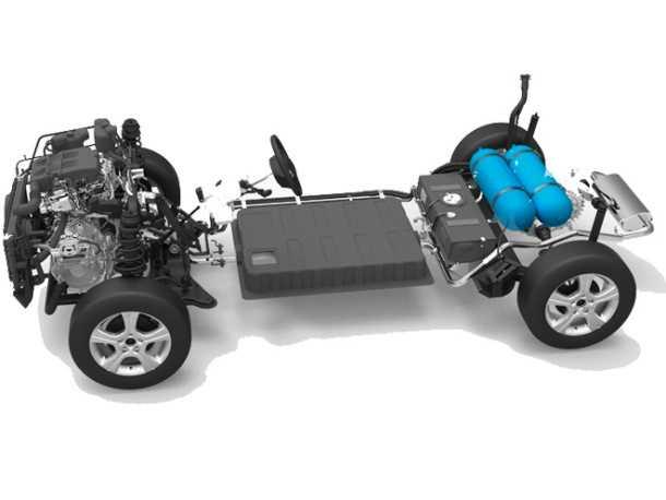 """רכב שטח היברידי YO AUTO. פריסת מערכת ההנעה חושפת את מיקום המצבר הגדול את מיכלי הגפ""""מ. ההנעה כפולה. צילום: YO AUTO"""