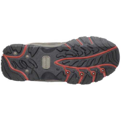 נעלי הרים נוואדוס בומרנג. לא חייבים לשבור את החסכון לטובת נעלי הרים איכותיים! צילום: אמאזון