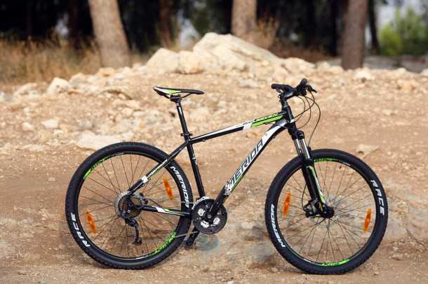 מבחן אופניים מרידה ביג 7. 27 אינץ' ויש בהם כל מה שרוכב מתחיל רוצה. נוחות, עבירות, מהירות ובלמים נהדרים. צילום: פז בר