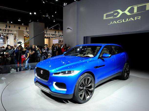"""Jaguar CX17. גם יגואר """"נשברה"""" ומעלה את מרווח הגחון של מכוניות הכביש שלה כדי לענות על הביקוש. צילום: IAA"""