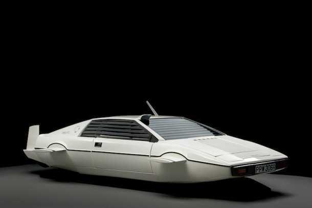 """לוטוס אספרי - צוללת של סוכן 007. נרכשה ב-90 ליש""""ט נמכרה ב-900 אלף לאלון מסק. צילום: סות'ביס"""