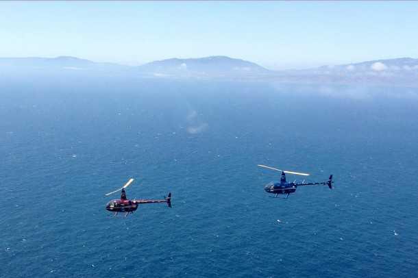 מסוק רובינסון R66 טס מסביב לעולם. אחד הקטעים החמים יותר והדרומיים ביותר מעל לים התיכון. צילום: רובינסון