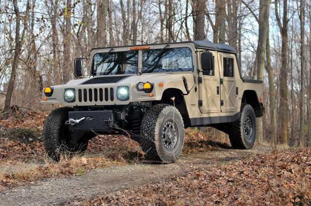 קיט לבניה עצמית Humvee C. מכיל את כל הרכיבים המיוחדים של האמר פחות מנוע, הילוכים, וטרנספר. צילום: AMG