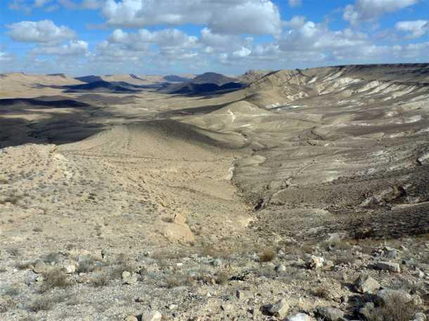 מסלול טיול שטח בחסות יונדאי - הנוף הנשקף מראש מעלה ערוד. עוצר נשימה. צילום: פז בר