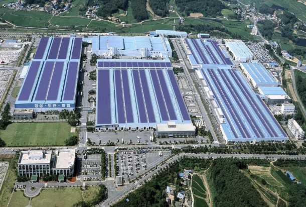 מפעל הרכב עם הגג הסולארי ב-אסאן. 60 מכוניות בשעה. צילום: יונדאי