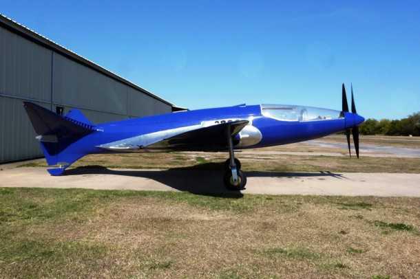 מטוס המירוצים של בוגאטי יחזור בקרוב לאוויר. דו-מנועי מתקדם וזעיר אשר הוסתר מהנאצים ב-1940 וישוב - כשיחזור - לטוס בקרוב. צילום: MULLIN MUSEUM