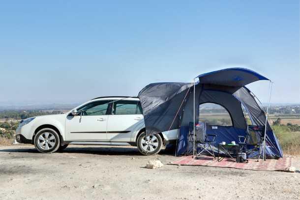 """בלעדי שטח: אוהל משפחתי המתחבר לרכב - רק 750 שקלים ורק ב""""שטח"""". מהרו להזמין לפני שייגמר המלאי. צילום: תומר פדר"""