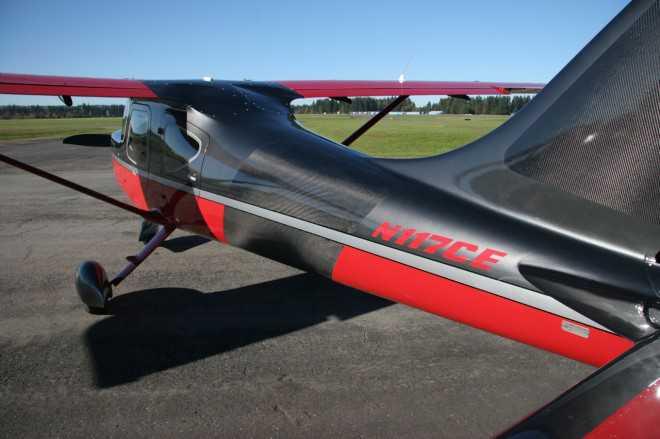 """תעשיית התעופה היא הצרכן הכבד ביותר של הקרבון. ממזל""""טים ועד מטוסי נוסעים ותובלה החומר הזה שולט! צילום: GLASAIR"""