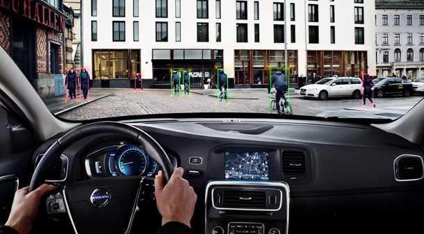 מבחן רכב וולוו xc60. עידכוני מרכב קלים בלבד. מראה מותגי עדכני. צילום: וולוו