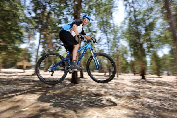 מבחן אופניים Niner RIP9RDO. עפים רחוק - נוחתים ברכות. צריך לרכוב כדי להבין אבל הניינר האלו הם בהחלט משהו מיוחד. בדקו מתי יש DEMO DAY ושימו את התחת על אחד מאלו. אירוע מכונן. צילום: תומר פדר