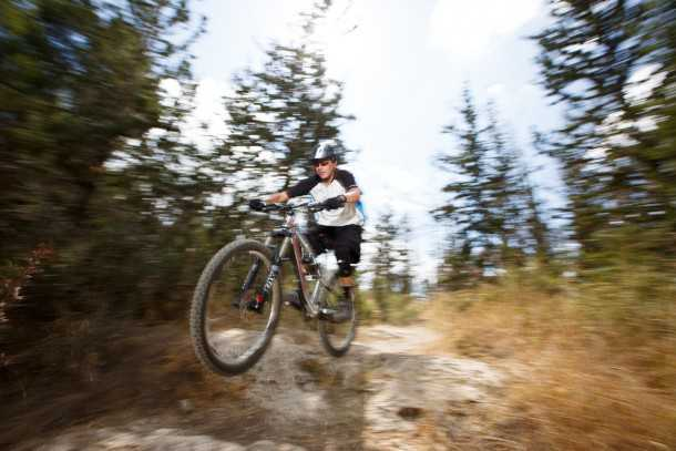 מבחן אופניים rocky mountain altitude 750. אופני שבילים או אופני כל-הר? הקורי אלטיוד עושים את הכל - באמת! צילום: תומר פדר