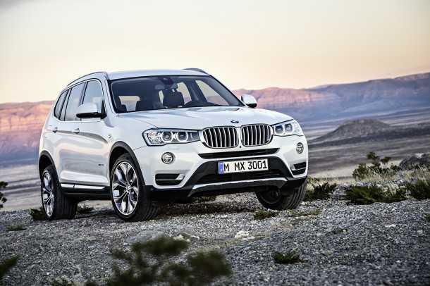 מבחן רכב ב.מ.וו X3 28i. עידכוני המרכב בוצעו בחזית עם פנסים גריל ופגוש חדשים. מאחור הטיפול מצומצם יותר וכולל פגוש ודיפוזר. צילום: BMW