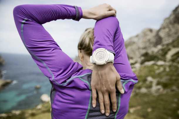 לנשים Suunto Ambit3 Sport Sapphire. איזה יופי! המחיר קצת מעל 2,000 שקלים. צילום: SUUNTO
