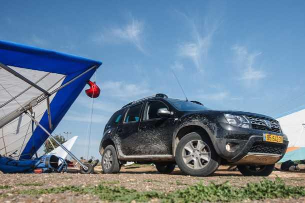 מבחן רכב דאצ'יה דאסטר - התותח הרומני מגיע לכבוש את שבילי ישראל עם שילוב נכון של מחיר נגיש וביצועים נאים. צילום: נועם עופרן