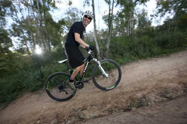 מבחן אופניים Trek X-Caliber 7. גלגלים גדולים, זנב קשיח ושלדה חכמה יביאו אתכם לשטח ובחזרה בעלות סבירה. צילום: תומר פדר