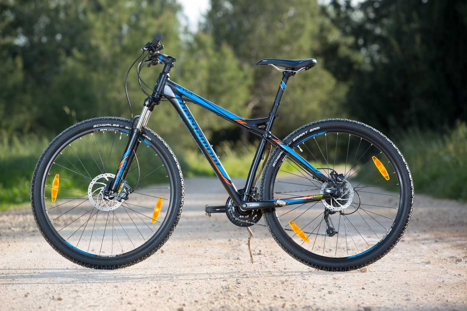 מבחן אופניים BERGAMONT REVOX 3.0. בסיסי זה לא בהכרח משעמם! השלדה הנהדרת מפצה על הרבה ויוצרת שמחת חיים מפתיעה. המחיר מתחת ל-3,000 שקלים. צילום: תומר פדר