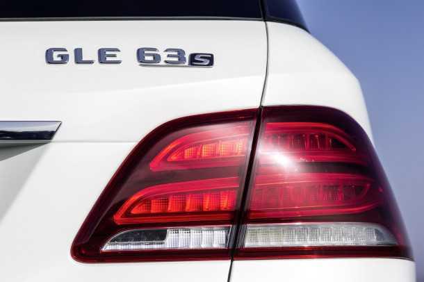 -Mercedes-Benz-GLE-