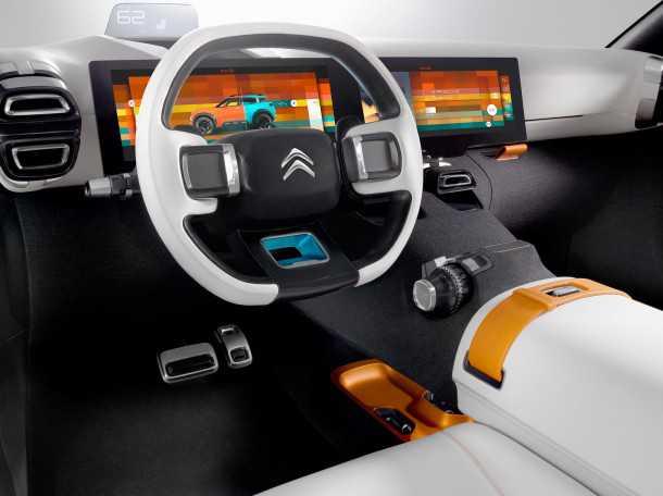 סיטרואן איירקרוס. צגי MFD רב-תכליתיים של רכב התצוגה יוחלפו די בוודאות בלוח מחוונים רגיל. צילום: סיטרואן