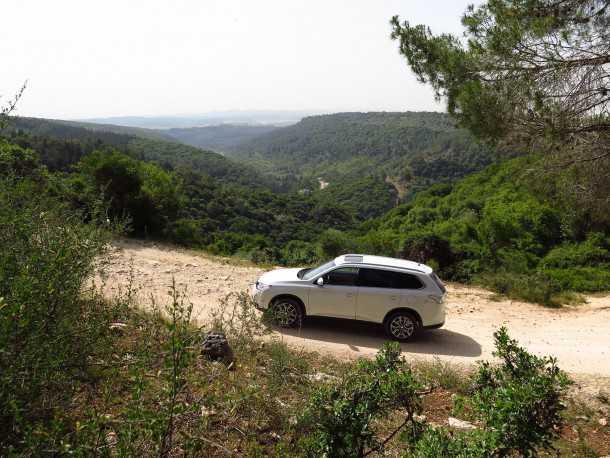 מסלול טיול עם מיצובישי אאוטלנדר לדרך נוף כרמל. צילום: רוני נאק